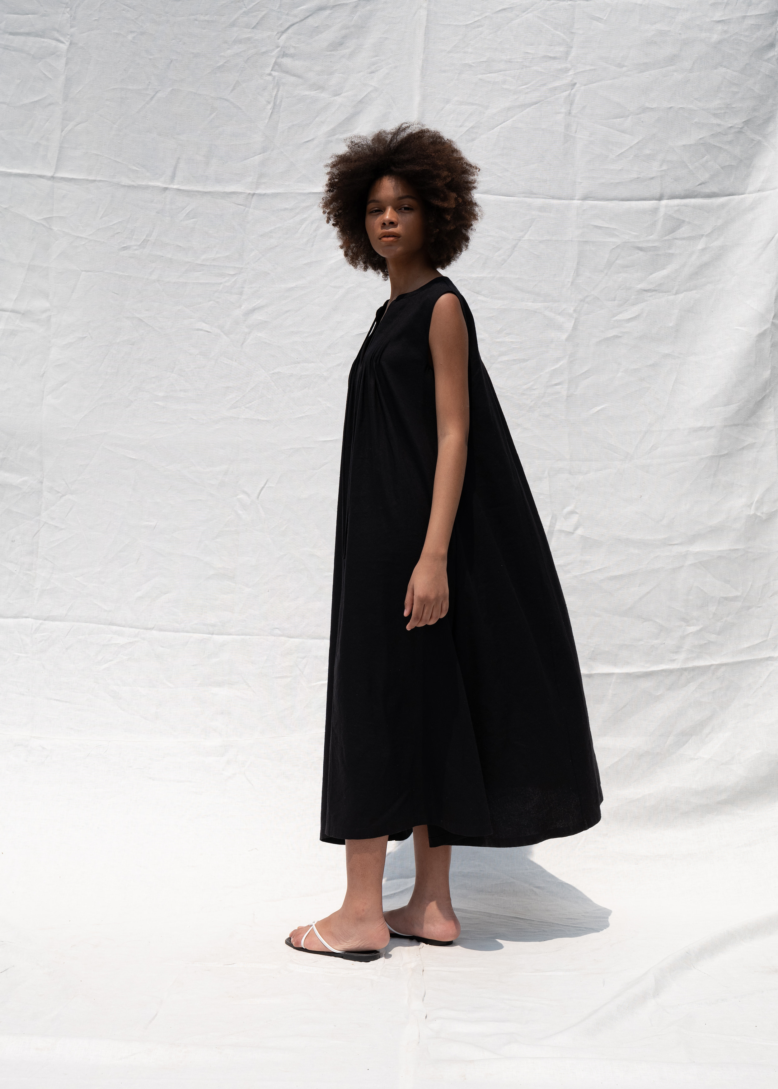 Pintuck sleeveless dress_black