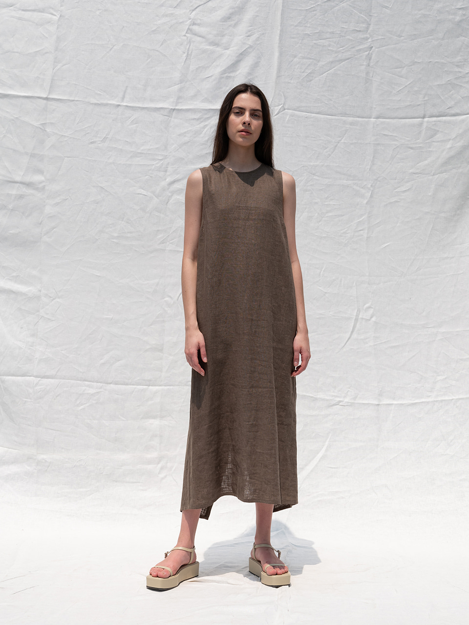 Linen back-cross dress_khaki