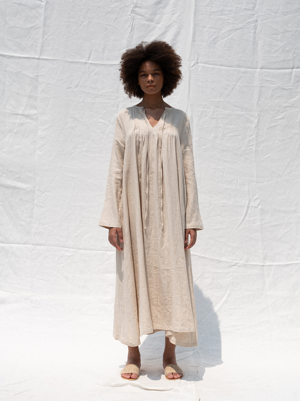 Linen pintuck dress_light beige